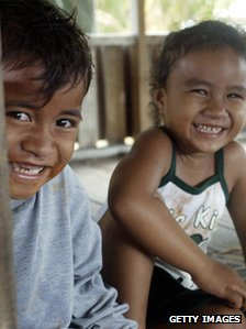 Tokelau children
