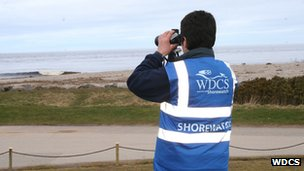 Shorewatch volunteer in Scotland. Photo: WDCS