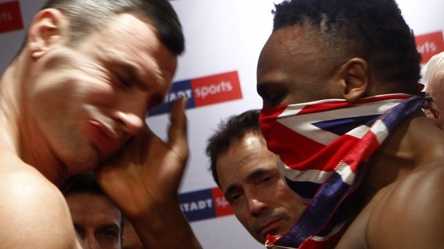 Dereck Chisora slaps Vitali Klitschko ahead of title fight