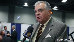 Ray LaHood speaks to reporters at the Washington auto show, Washington, DC, 26 January 2012