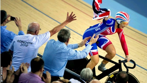 Jess Varnish takes GB flag from crowd in Olympic Velodrome
