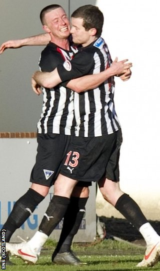 Cardle and Paddy Boyle celebrated Dunfermline's opener