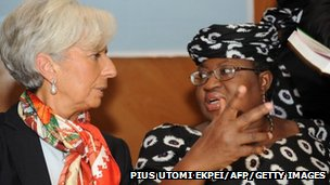 IMF Managing Director Christine Lagarde (L) talks with Nigeria's Finiance Minister Ngozi Okonjo-Iweala