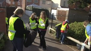 Community litter pick in Highbridge