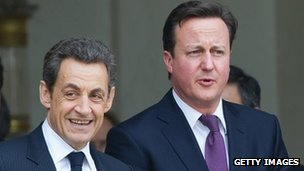 French President Nicolas Sarkozy and UK PM David Cameron in Paris (17 Feb 2012)