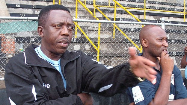 Zimbabwe caretaker coach Rahman Gumbo and Peter Ndlovu (right)