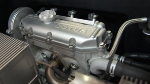 Lotus three-cylinder engine