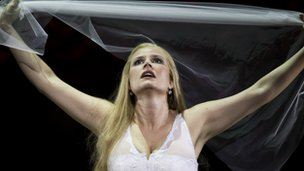 Camilla Nylund in Rusalka. © ROH 2012 / Clive Barda