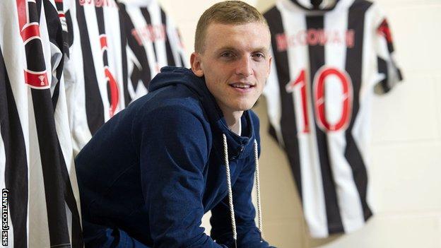St Mirren defender David Barron