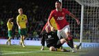 Ryan Giggs of Manchester United celebrates his last-minute goal against Norwich at Carrow Road