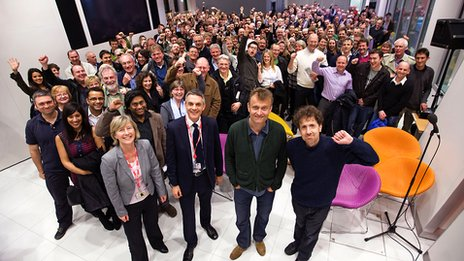 audience and dennis The beano is the longest running british children's comic magazine, published by dc thomsonthe comic first appeared on 30 july 1938, and was published weekly in september 2009, the beano's 3,500th issue was published one of the best selling comics in british popular culture, along with the dandy, the weekly circulation of the beano in april 1950 was 1,974,072.
