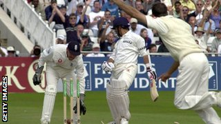 Sachin Tendulkar is bowled by Michael Vaughan