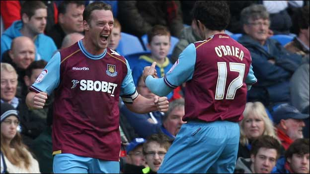 Kevin Nolan celebrates his goal