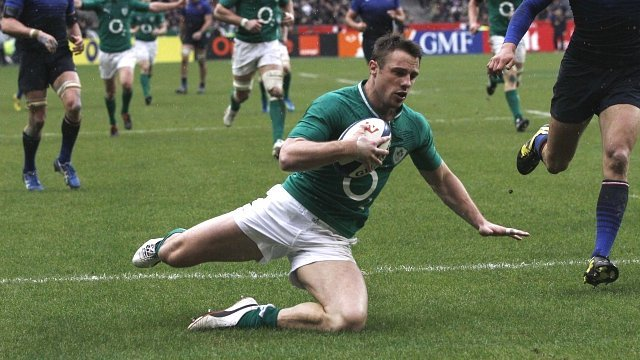 Ireland's Tommy Bowe scores his second try against France