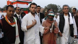 Rahul Gandhi talks to one of his supporters at a rally in Jaunpur, Uttar Pradesh, 6 February 2012