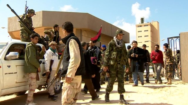 Armed people in Benghazi