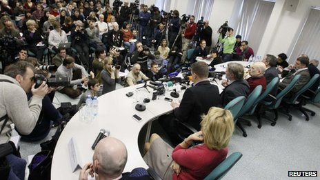 League of Voters representatives speak to reporters in Moscow, 7 March