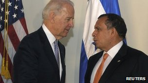 Joe Biden (left) and Honduran President Porfirio Lobo