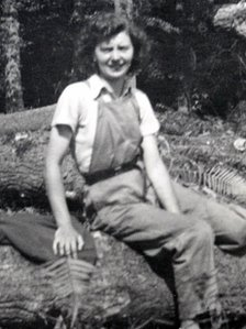 'Lumberjill' Ethel Oliver