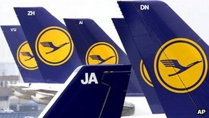 Lufthansa tail fins