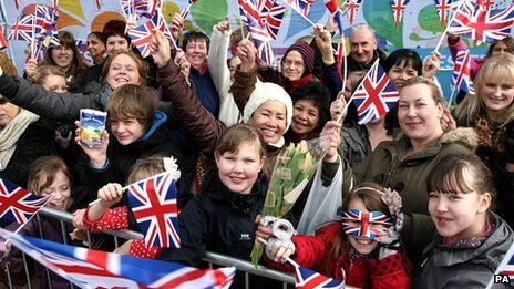 Wellwishers turnout to see the royal party in the centre of Leicester