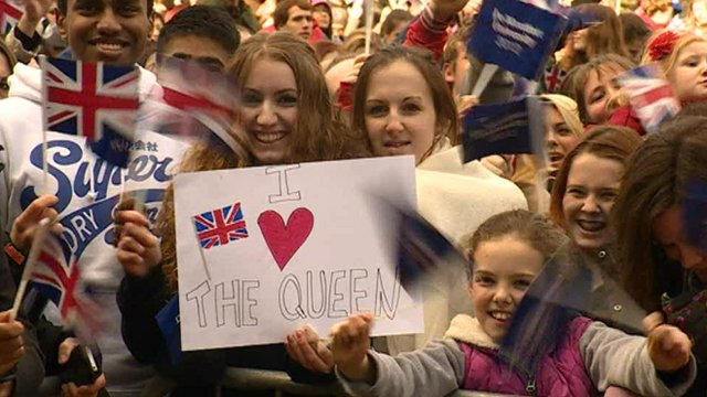 People in Leicester during the royal visit