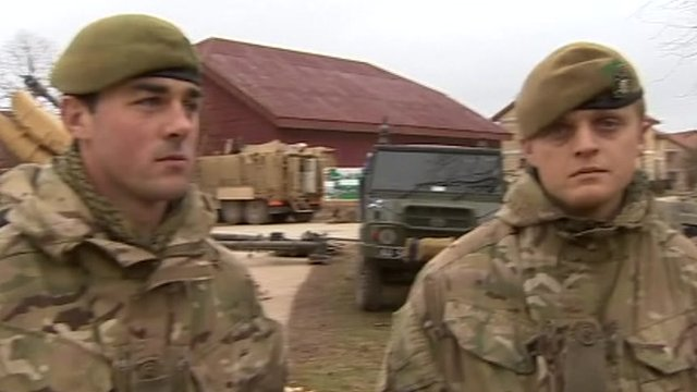 Lt Rob Townsend and Pte Craig Taylor from the Third Battalion, The Yorkshire Regiment
