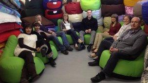 ru comfy staff and bean bags