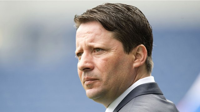 Hearts head coach Paulo Sergio