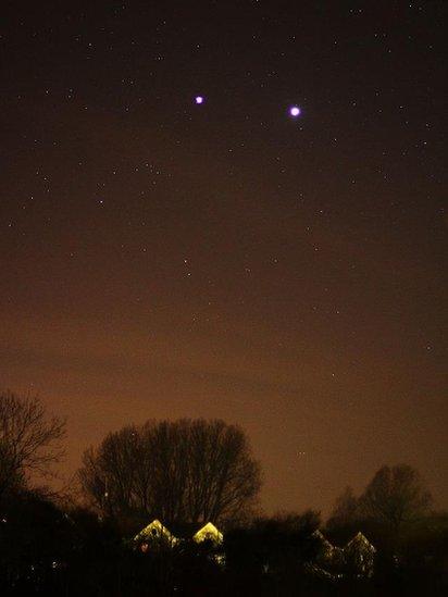 BBC News Your photos Jupiter and Venus : 59020809markphilpott from www.bbc.co.uk size 412 x 549 jpeg 22kB