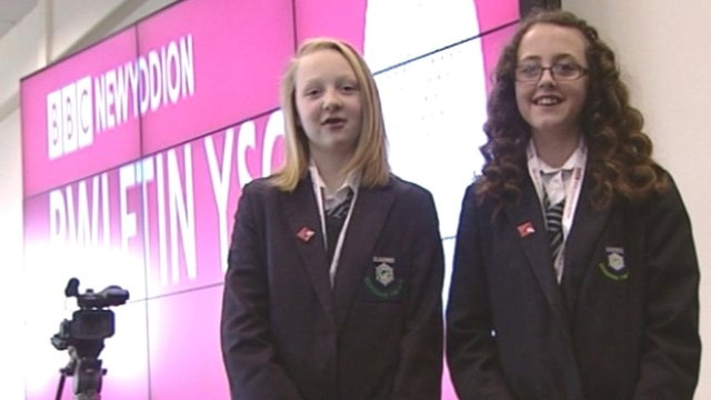 Ysgol Gyfun Gwynllyw students are celebrating the Welsh language