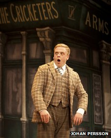 Owain Arthur in One Man, Two Guvnors (Photo: Johan Persson)