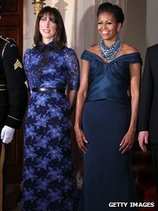US First Lady Michelle Obama and Samantha Cameron (L), wife of British Prime Minister David Cameron