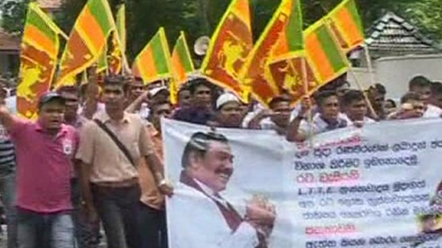 Supporters of the Sri Lankan government marching in Colombo