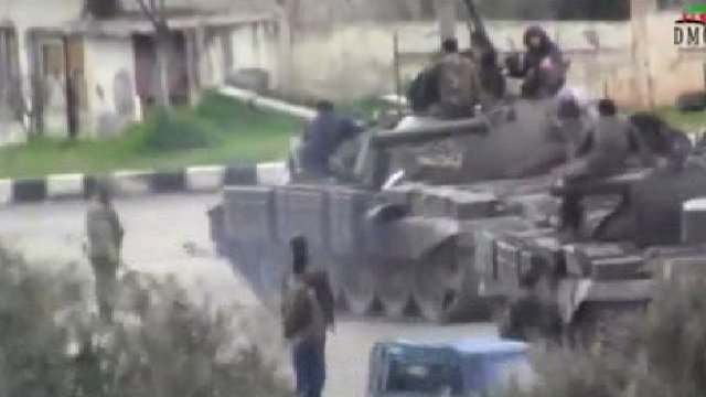 Tanks in Deraa