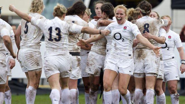 England Women celebrate winning Six Nations 2012