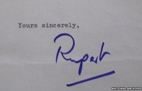 Rupert Murdoch signature from a letter to Harold Wilson