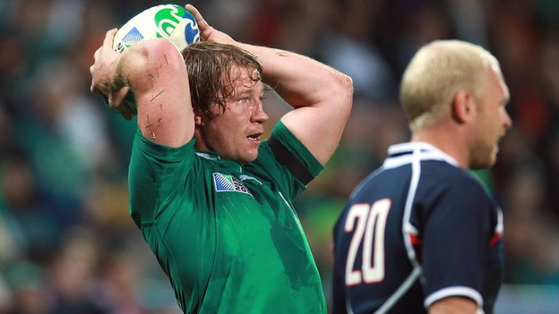 Jerry Flannery at the line-out for Ireland in the 2011 World Cup