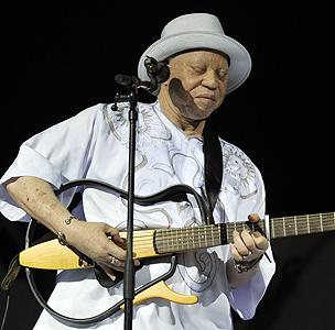 Malian singer-songwriter Salif Keita