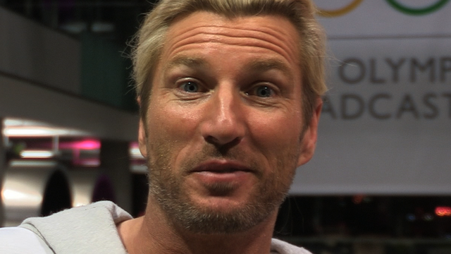 Robbie Savage answers your tweets
