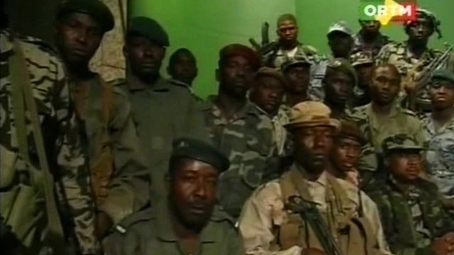 Rebel troops on Malian state TV