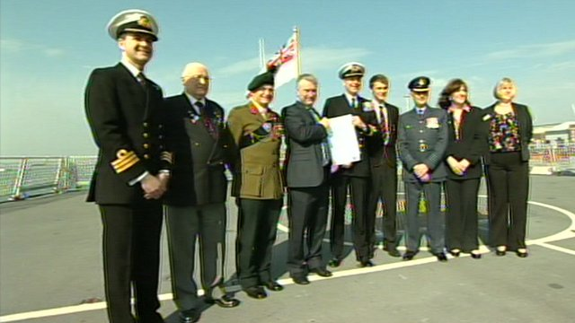 Civil and military figures signed the new armed forces community covenant