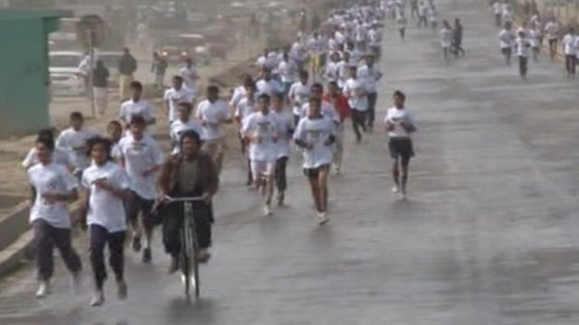 Afghans run in a 5km race