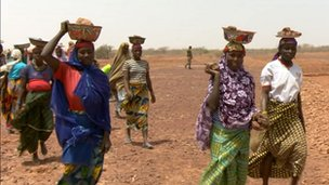 Women in Kassi-Tondi village, Niger