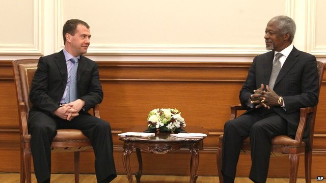 Russian President Dmitry Medvedev with UN and Arab League envoy to Syria Kofi Annan