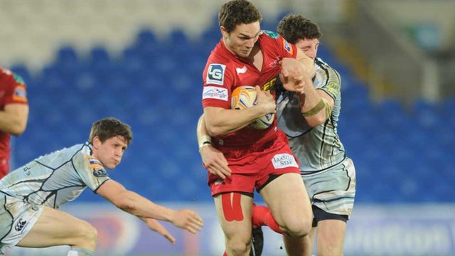 George North bursts through