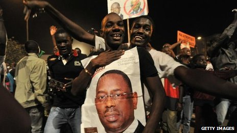 Supporters of Macky Sall celebrate his victory