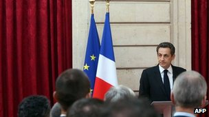 French President Nicolas Sarkozy addresses magistrates and policemen who took part in the Merah case at the Elysee presidential palace, 27 March