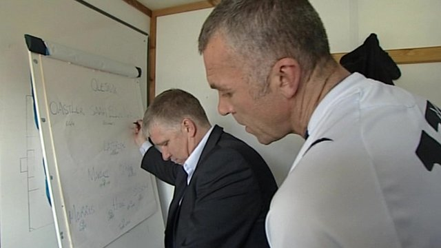 Martin Ling and Shaun Taylor prepare their tactics
