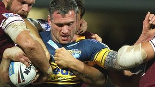 Jamie Peacock will finish his career at Leeds Rhinos after agreeing a new two-year deal